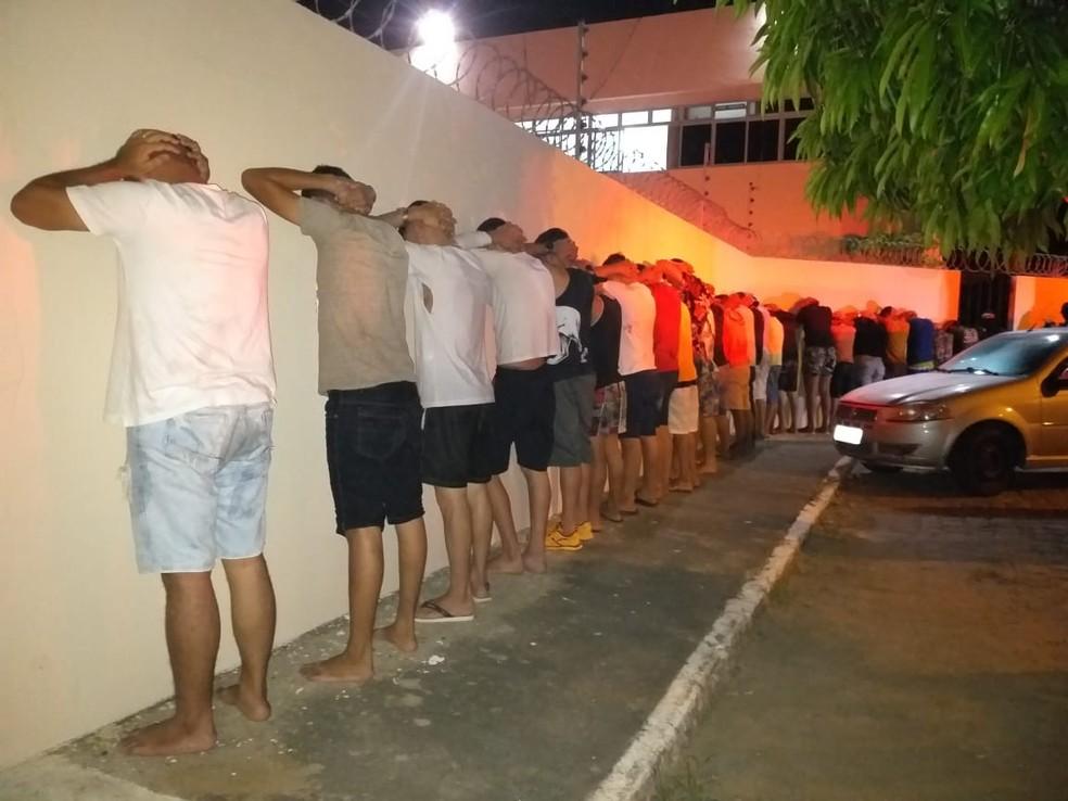Participantes de festa em Santa Cruz, RN, assinaram Termo Circunstanciado de Ocorrência e foram liberados  — Foto: PM/Divulgação