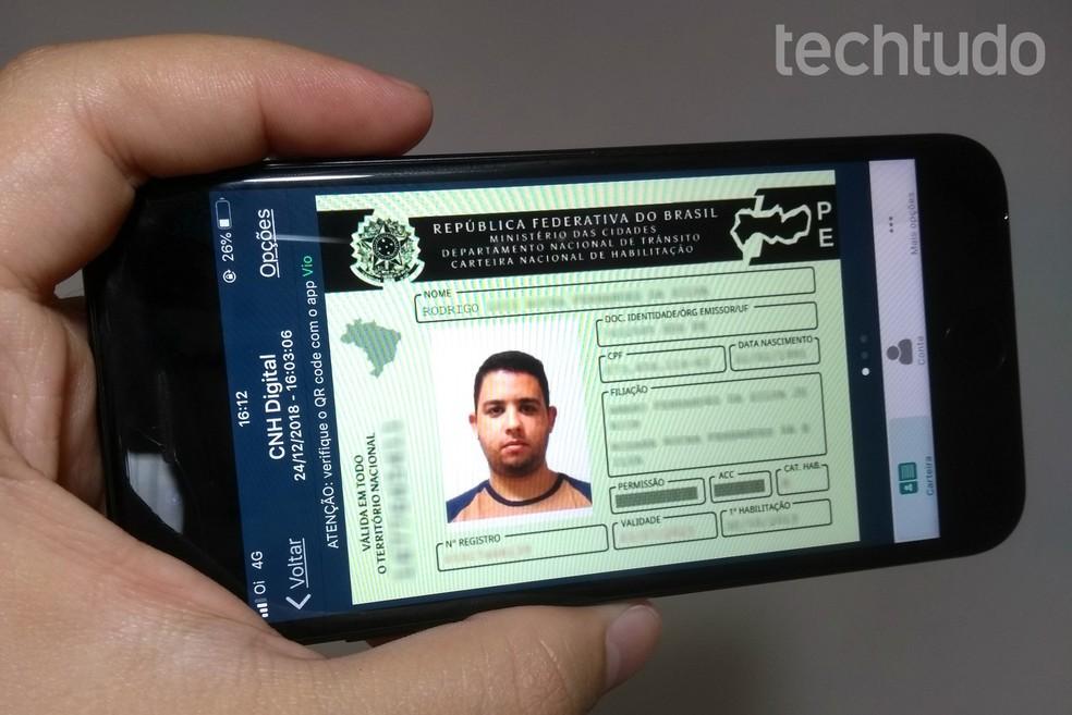 Aplicativo CNH Digital disponibiliza carteira de motorista oficial na tela do celular — Foto: Rodrigo Fernandes/TechTudo
