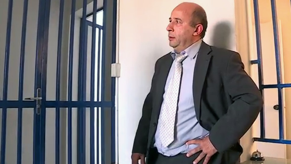 Advogado Genesco Alves da Silva, preso por suspeita de racismo no Aeroporto de Confins, paga fiança e é liberado (Foto: Reprodução/TV Globo)