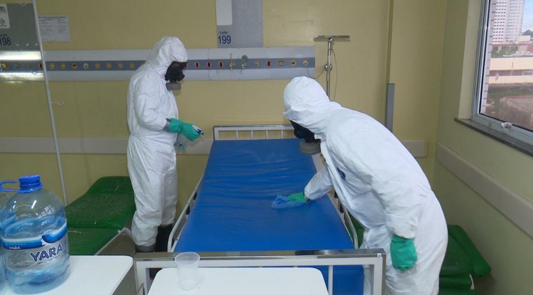 Enfermaria e ambulâncias do Hospital 28 de Agosto passam por descontaminação feita por militares