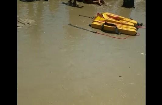 Jovem morre afogado na praia de Genipabu, na Grande Natal