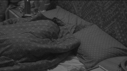 Todos dormem em noite que antecede oitava Eliminação