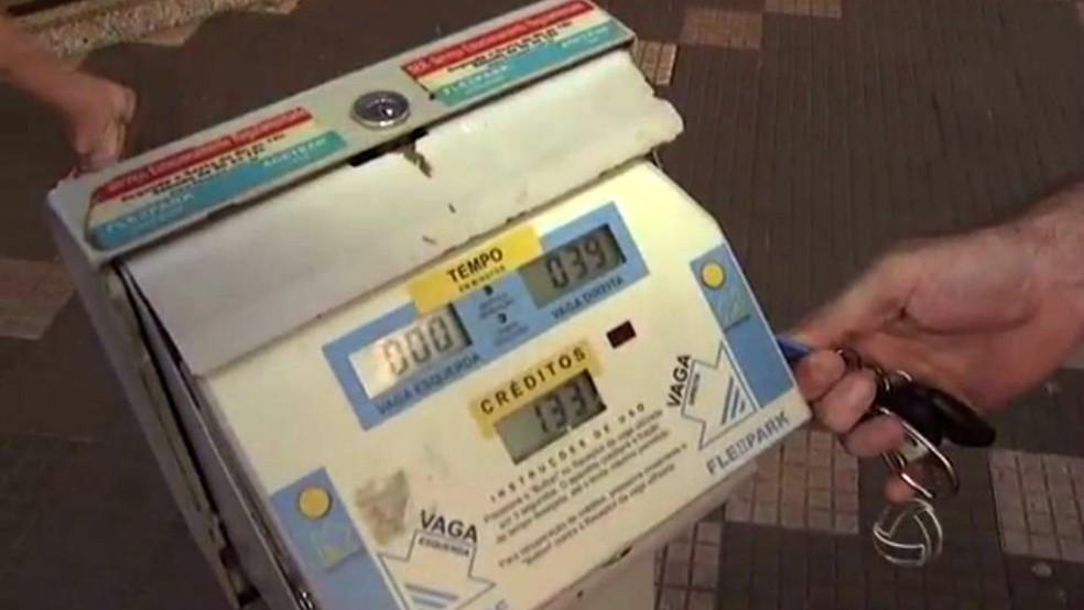 Prefeitura de Campo Grande vetou reajuste no valor da tarifa do estacionamento rotativo no centro da cidade  (Foto: Reprodução/TV Morena)