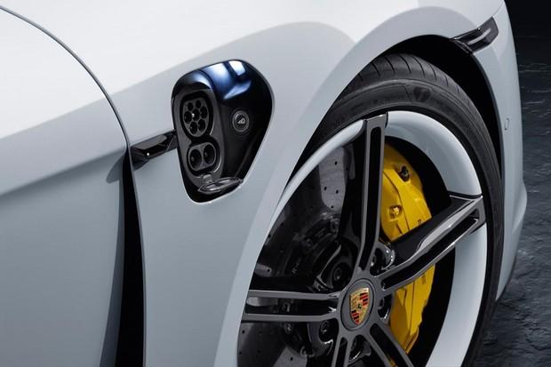 Porsche Taycan  (Foto: Divulgação)
