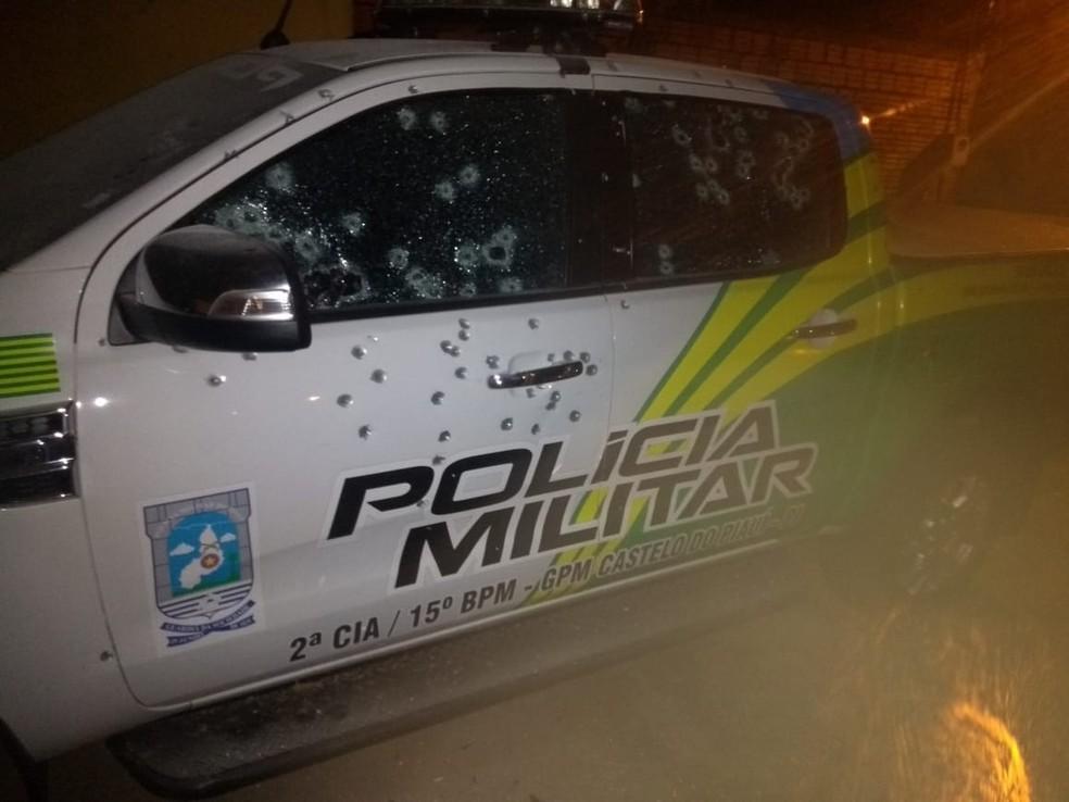 Viatura do GPM de Castelo do Piauí foi metralhada — Foto: Divulgação/PM Castelo do Piauí