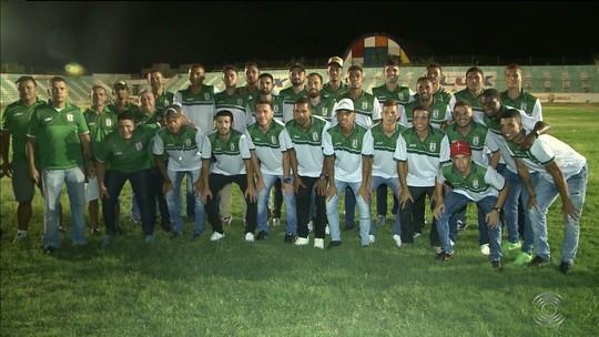 Sousa apresenta novo time, com mescla de medalhões e jovens, para lutar pelo título do Paraibano
