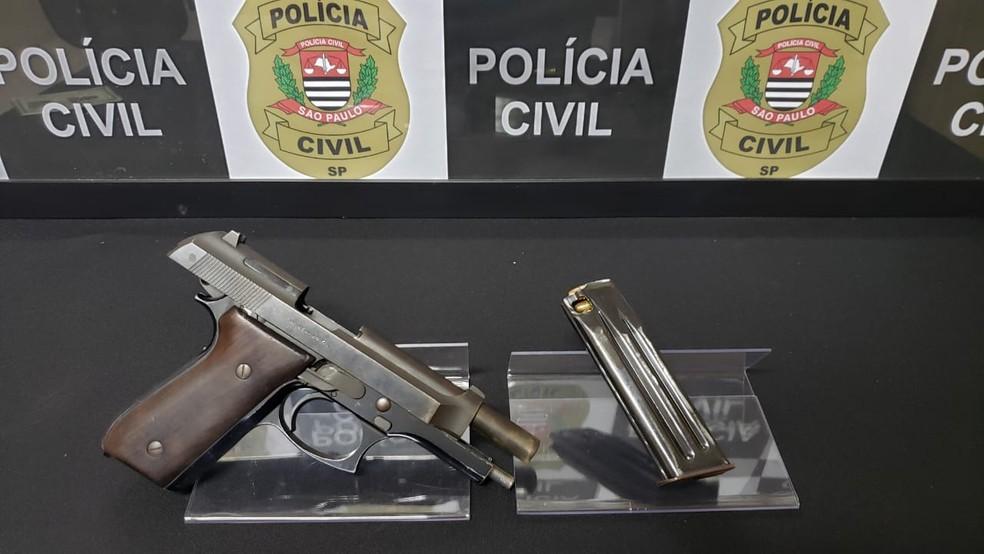 Arma do crime foi apreendida pela Polícia Civil em Lins — Foto: Polícia Civil/Divulgação