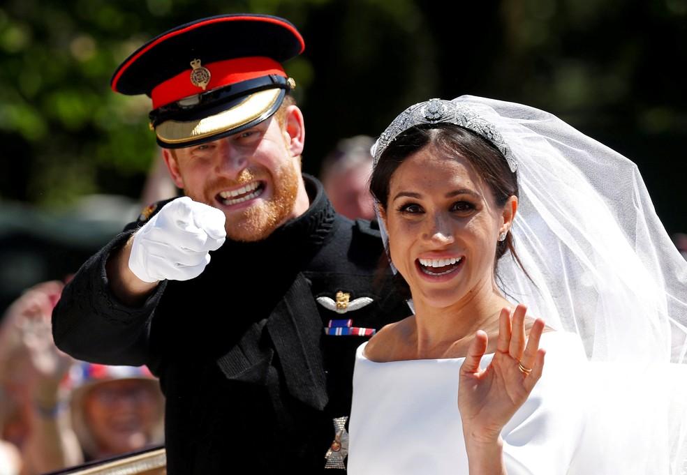 Principe Harry e Meghan Markle deixam a igreja em Windsor, no Reino Unido, após casamento real — Foto: Damir Sagolj / Reuters