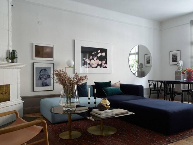 Décor do dia: Sala de estar neutra com tons de azul (Foto: Reprodução/Divulgação)