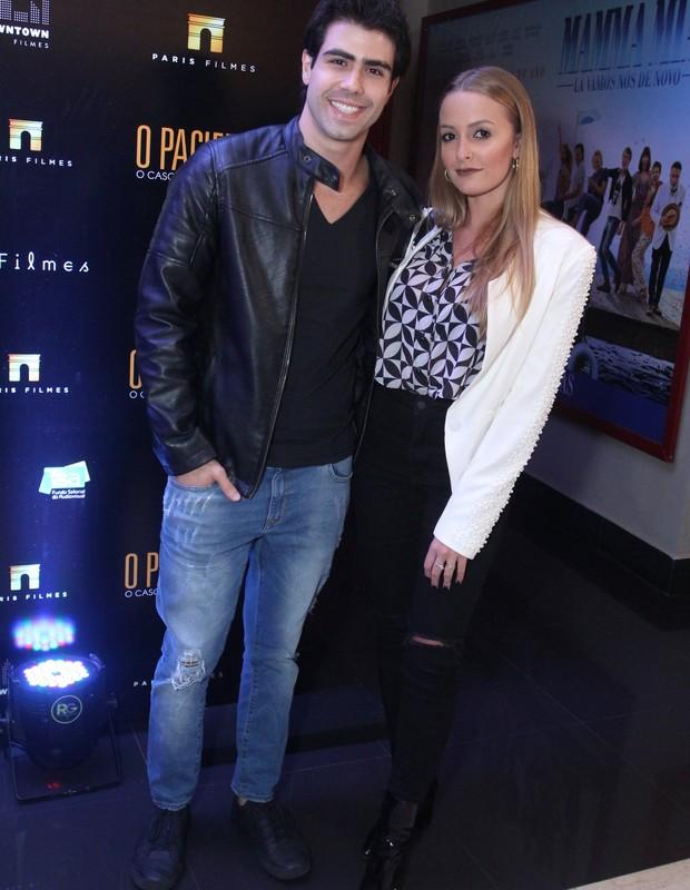 Juliano Laham com a namorada Luana Loewe em evento no Rio (Foto: Thyago Andrade/Brazilnews)