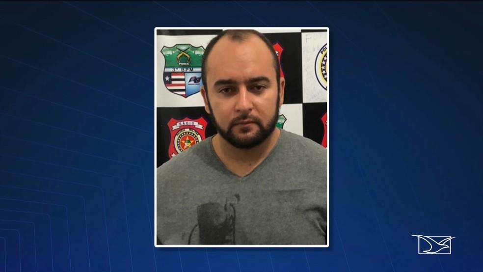 Alex Rodrigues já respondia pelo crime porte ilegal de armas (Foto: Reprodução/ TV Mirante)