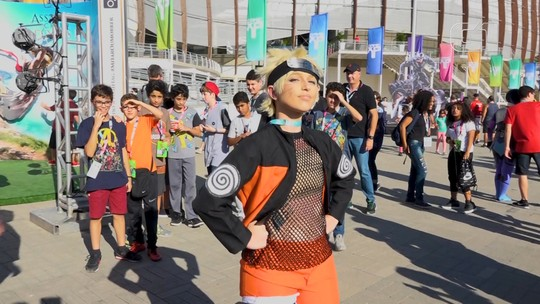 Cosplays invadem a Game XP, fazem sucesso com o público e competem no último dia do evento