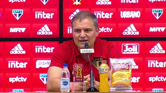 Aguirre explica troca tática, se diz orgulhoso do São Paulo, mas não quer pensar na briga pelo título brasileiro