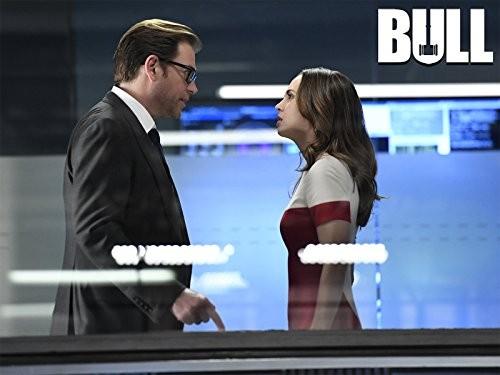 Eliza Dushku e Michael Weatherly em Bull (Foto: Divulgação)