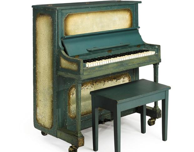 O piano usado no filme 'Casablanca' (Foto: Reuters/Sotheby's)