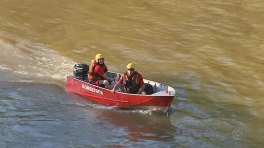 Corpo de homem que se afogou em rio é velado em distrito de Laranjal Paulista