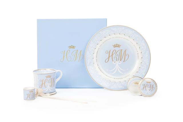 Louças oficiais do casamento do príncipe Harry e Meghan: conjunto completo passa dos R$ 800 (Foto: Divulgação)