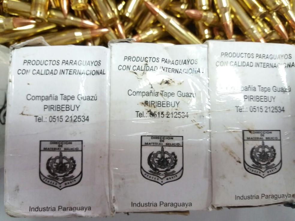 As munições estavam envolvidas com a inscrição de uma fábrica no Paraguai (Foto: Divulgação/PRF)