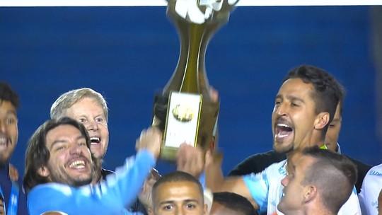 """Campeão, técnico mais longevo exalta Londrina: """"Com paciência, resultados vêm"""""""