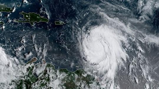 Foto: (NOAA/RAMMB / AFP)