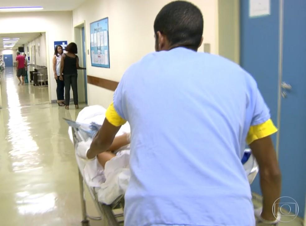 Troca de uniforme deixará de ser contabilizada na jornada de trabalho (Foto: Reprodução/TV Globo)