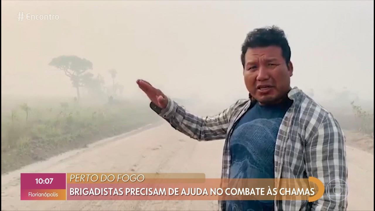 Indígena mostra vídeo de queimada na região amazônica do Xingu
