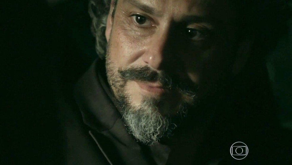 José Alfredo (Alexandre Nero) é surpreendido com notícia bombástica de Cora (Marjorie Estiano) - 'Império' — Foto: Globo