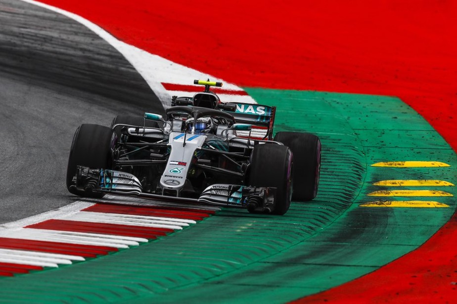 Por apenas 0s019, Bottas bate Hamilton e conquista primeira pole no ano, na Áustria