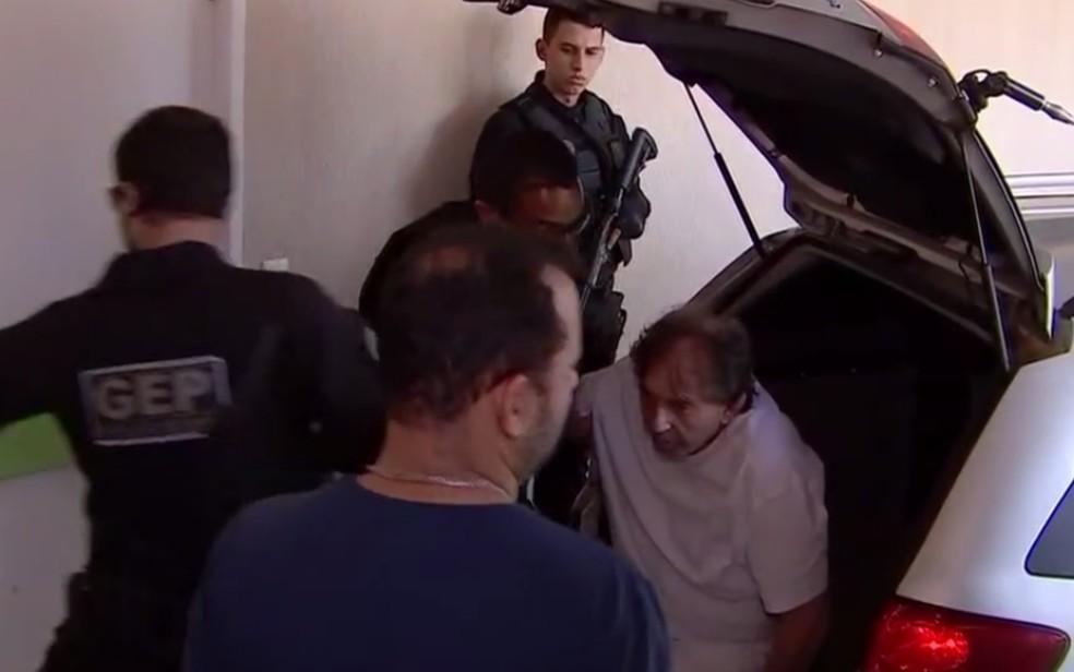 João de Deus é encaminhado a UPA após passar mal na prisão, em Aparecida de Goiânia — Foto: Reprodução/TV Anhanguera
