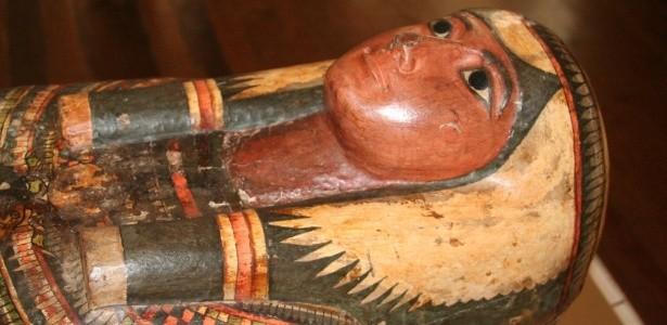 Sarcófago exposto no Museu Nacional do Rio de Janeiro (Foto: Divulgação)