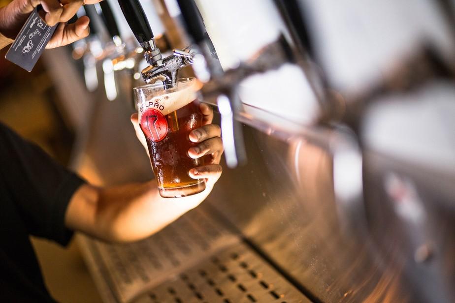 Espaço cervejeiro que reúne grandes marcas e produção do DF completa um ano; veja programação