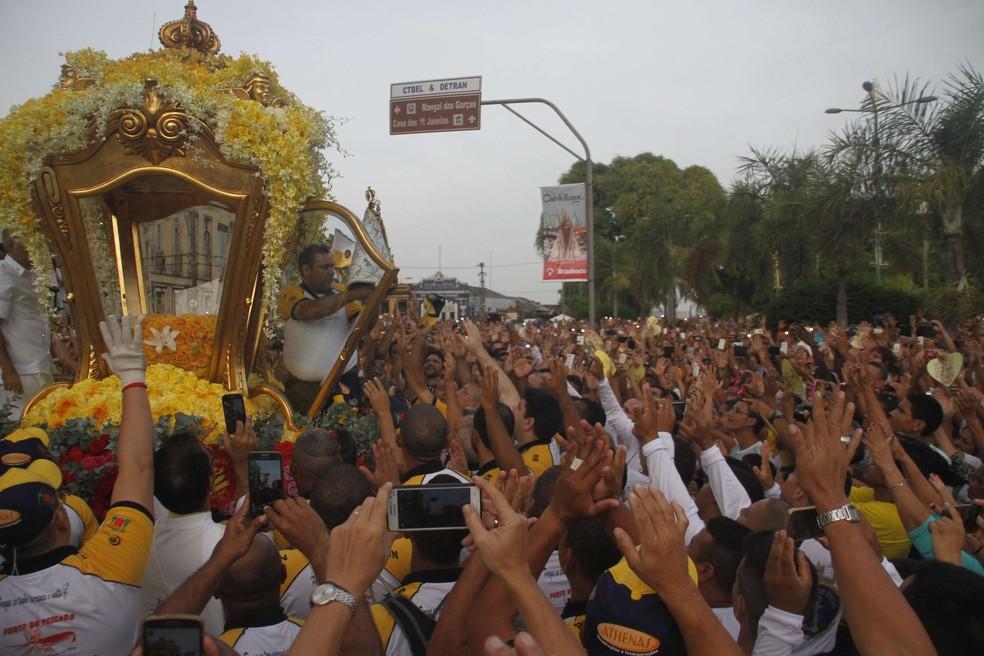 Tuiristas poderão esclarecer dúvidas e receber kit com mapa e fitinha de Nossa Senhora de Nazaré.  (Foto: Igor Mota/O Liberal)