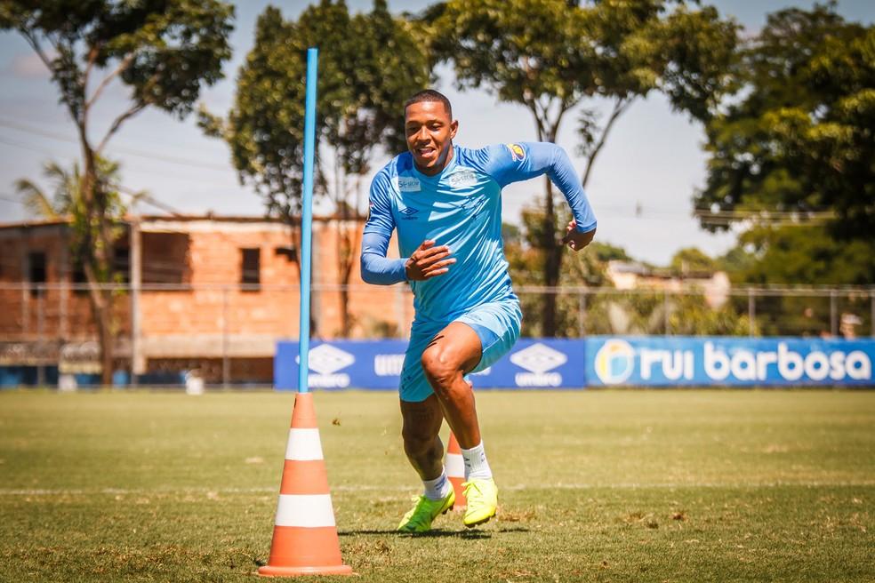 David é um dos jogadores que tiveram percentuais dos direitos cedidos a Cristiano Richard — Foto: Vinnicius Silva / Cruzeiro