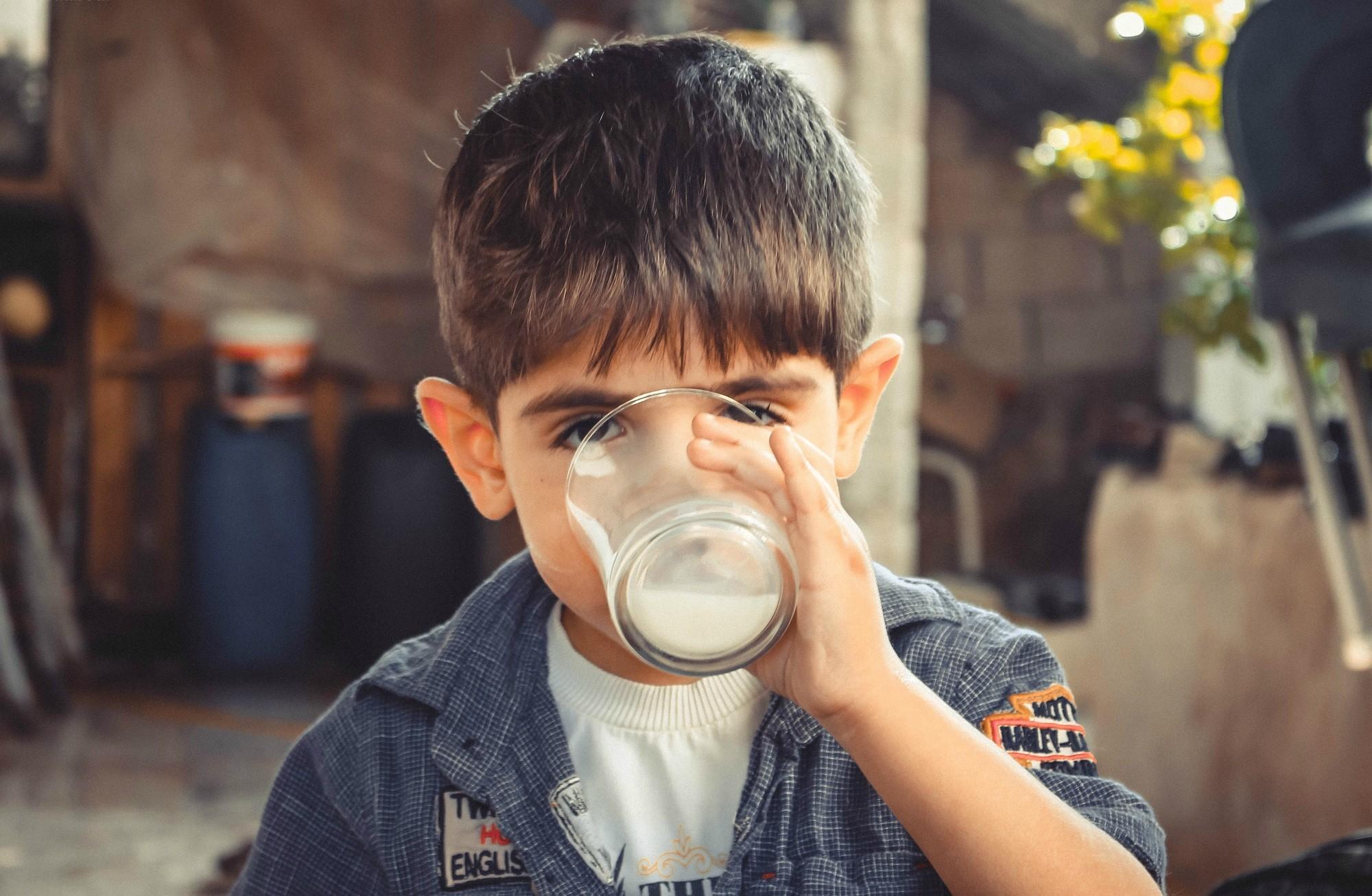 Meu filho não toma leite. E agora? (Foto: Pexels/ samer daboul)