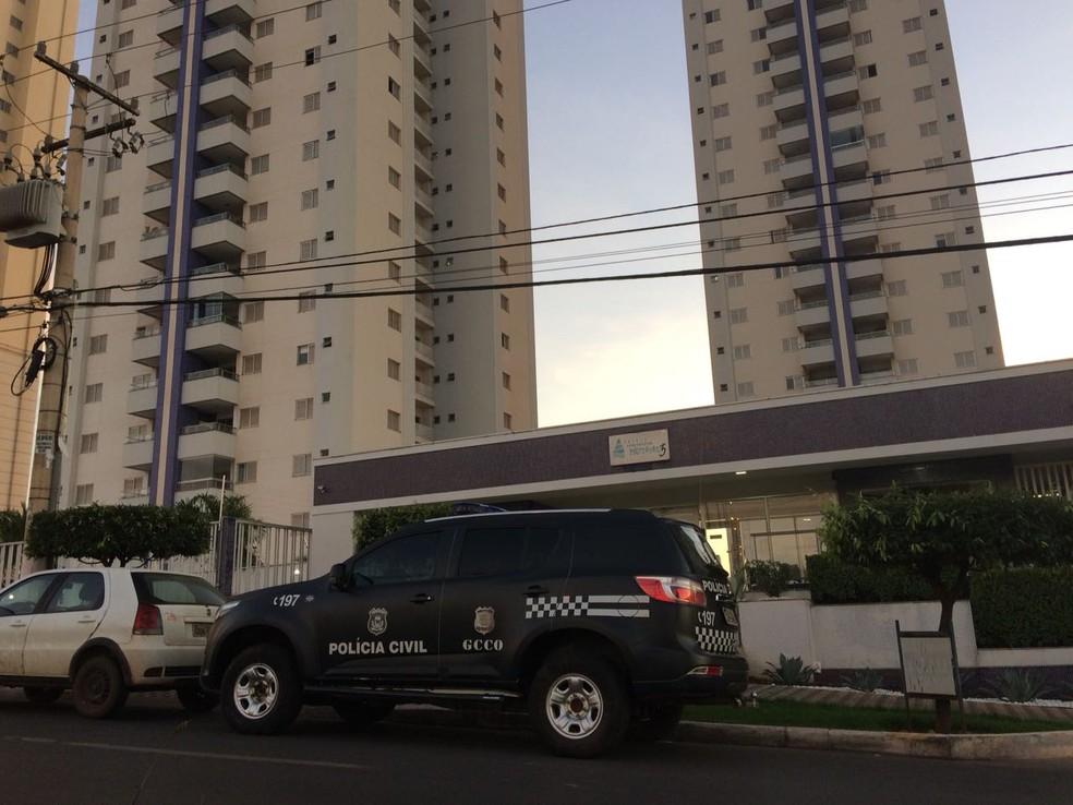 Um dos alvos da Operação Regressus, em Cuiabá (Foto: Ianara Garcia/TV Centro América)
