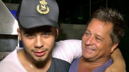 Filho de Leonardo, cantor Zé Felipe mostra a intimidade da família e rotina em Goiânia