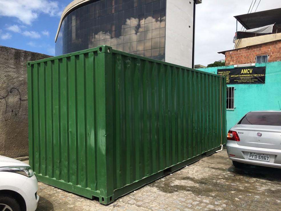 Serviço de posto de saúde da família funciona em contêiner, na Zona Norte (Foto: Tiago Graff/Sindicato dos Médicos de Pernambuco)