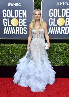 Molly Sims usa Marchesa