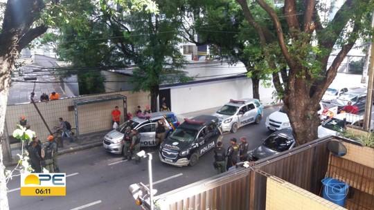 Após perseguição policial e troca de tiros, homem é preso na Zona Norte do Recife