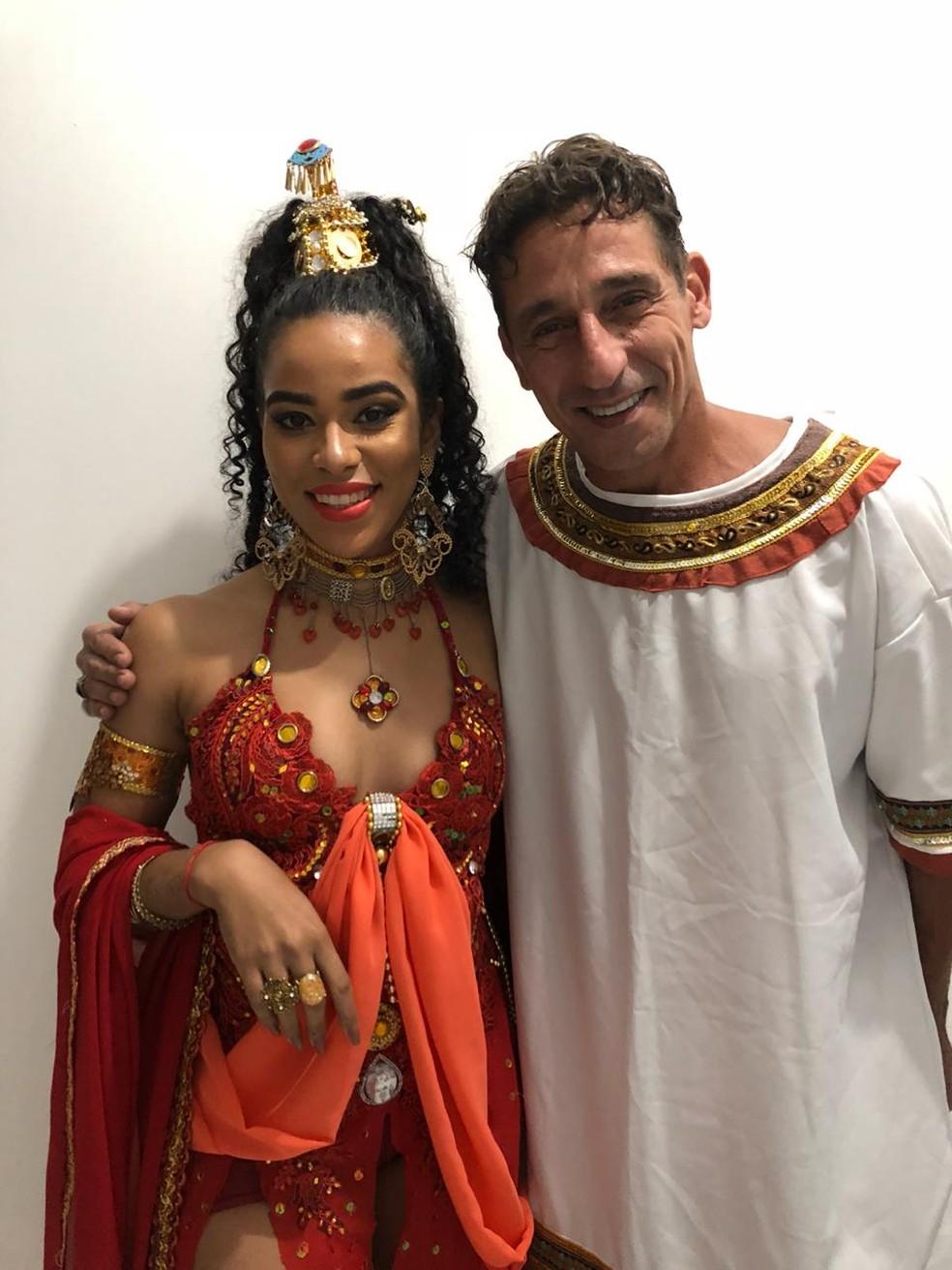 Elana, do 'BBB19', e Tuca Andrada se encontraram após o espetáculo — Foto: Arquivo Pessoal