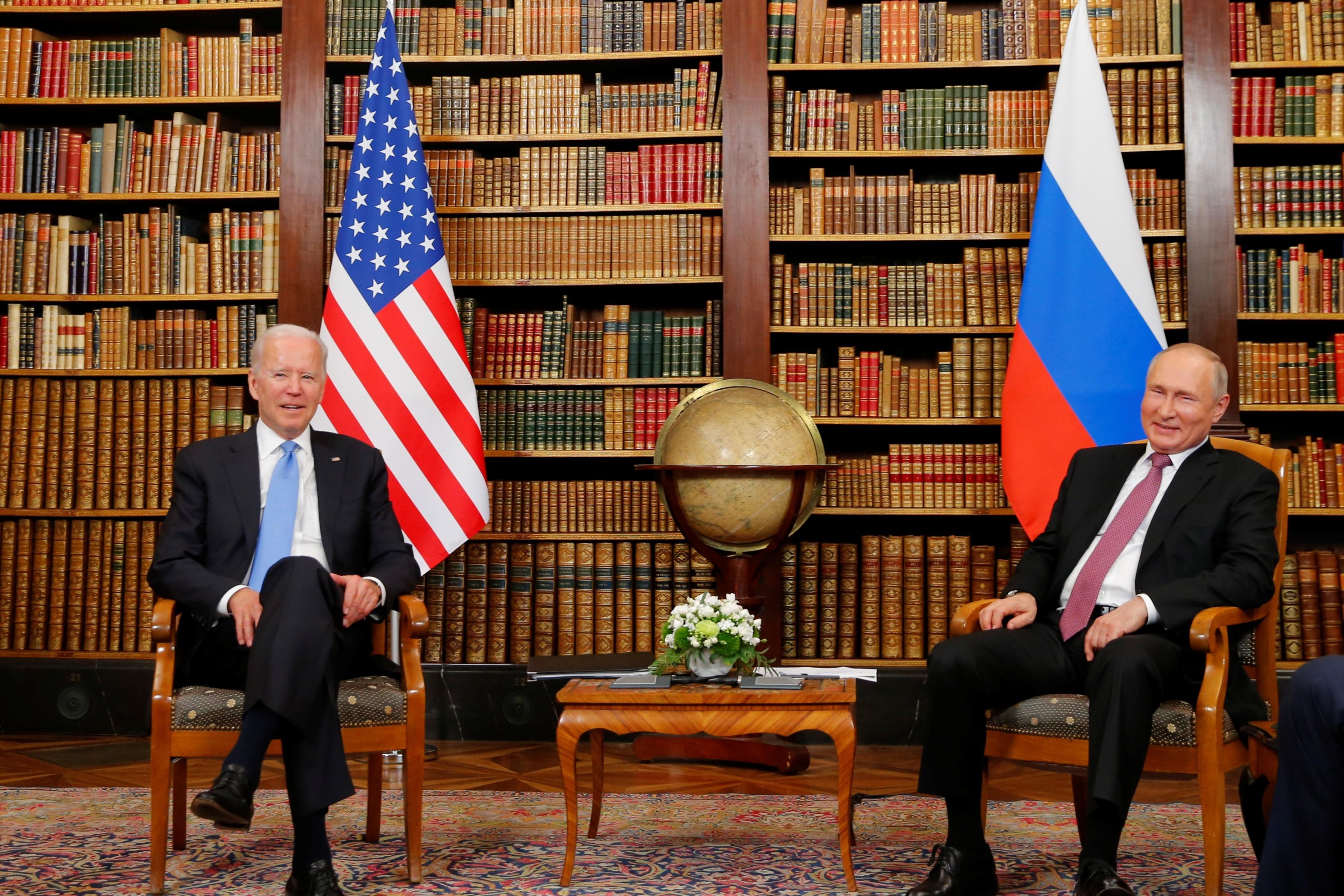 Biden e Putin discutiram sobre armas nucleares, ciberataques e futuro das relações entre EUA e Rússia