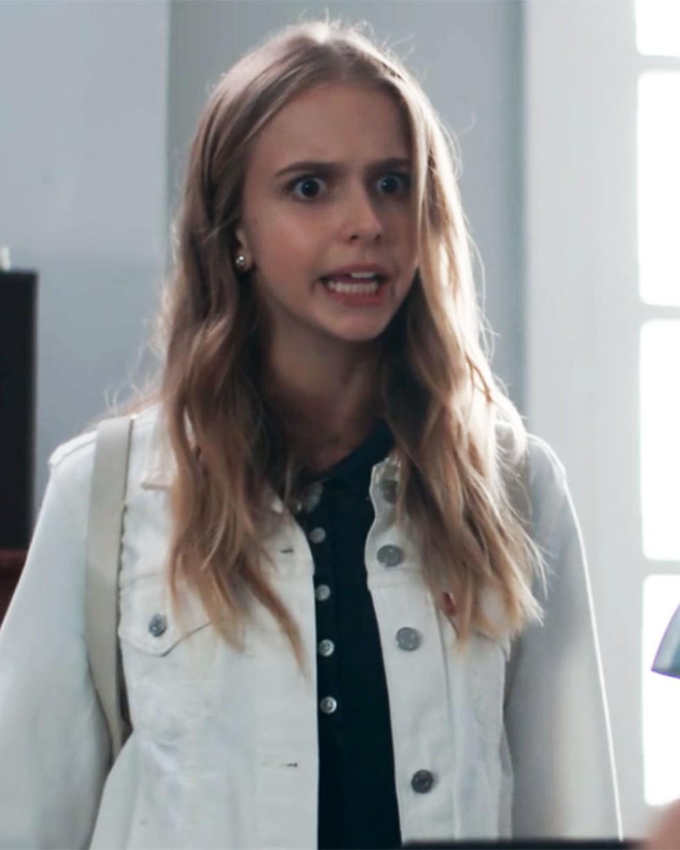 Clara (Isabella Scherer) pressiona a mãe em 'Malhação - Viva a Diferença' — Foto: Globo