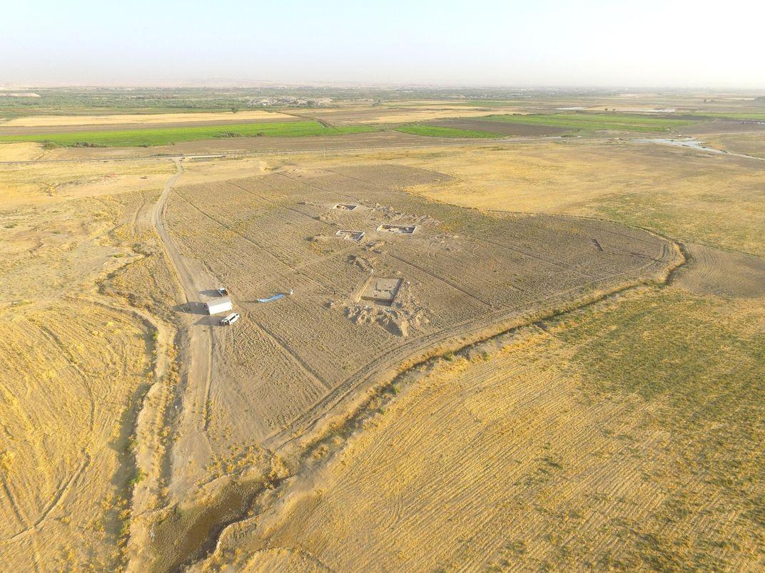 Sítio arqueológico no Iraque onde foram encontrados os recipientes com cerveja (Foto: Courtesy Sirwan Regional Project)