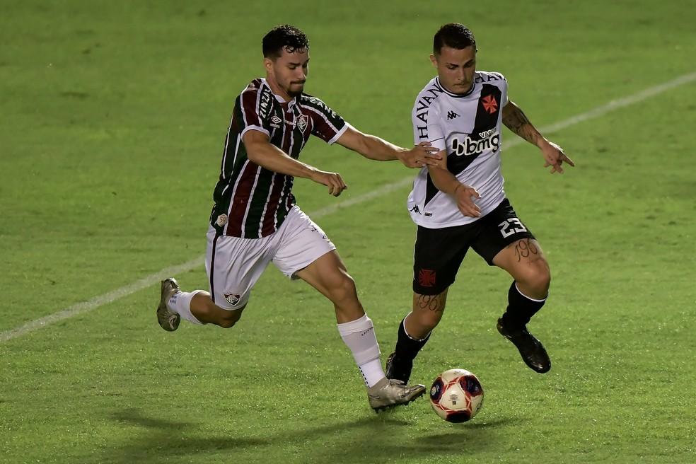 Martinelli e Bruno Gomes em Fluminense x Vasco — Foto: Thiago Ribeiro / Agência Estado