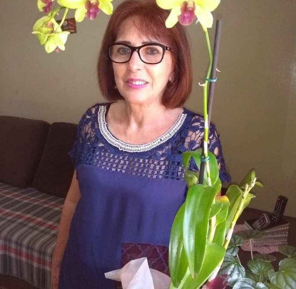 Elza Formighieri Morschheiser, de 66 anos, foi morta pelo ex-marido, segundo a polícia — Foto: Reprodução/Facebook