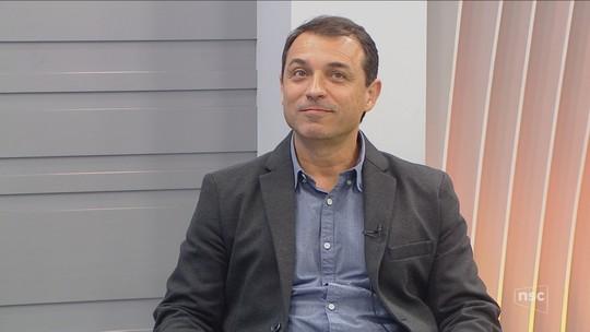 Governador eleito Moisés (PSL) é entrevistado no Jornal do Almoço e fala sobre 'responsabilidade' em governar
