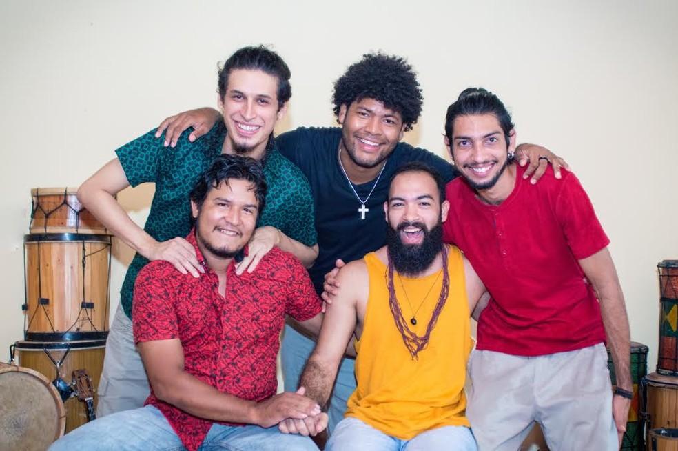 -  Cuíra Pra Dançar reúne toadas, xotes, carimbó e outros ritmos amazônicos.  Foto: Divulgação