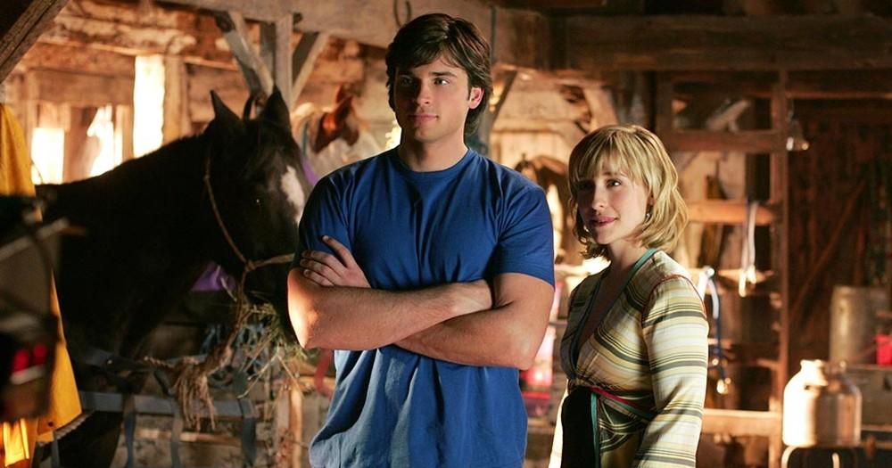 Allison Mack e Tom Welling em 'Smallville' (Foto: Divulgação)