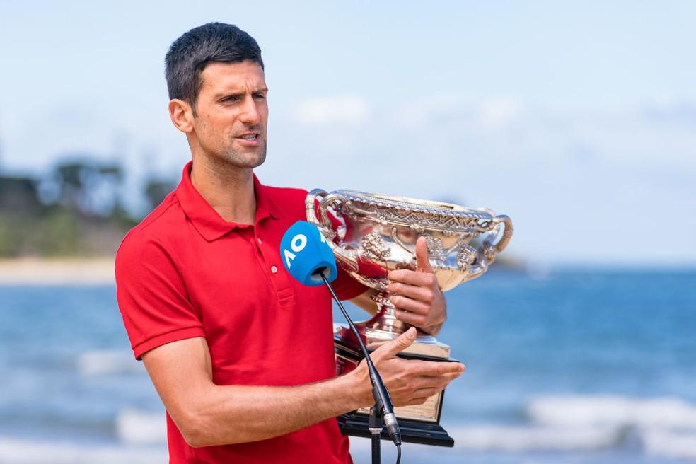 Novak Djokovic conquistou nono título do Australian Open neste domingo — Foto: Andy Cheung/Getty Images
