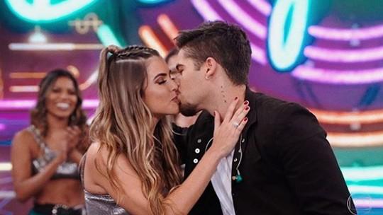 Zé Felipe revela como conheceu a namorada, bailarina do Faustão, Isabella Arantes; confira!